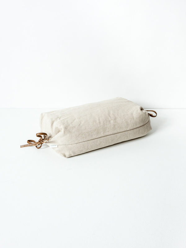 Sasawashi Buckwheat Lounging Pillow, Beige
