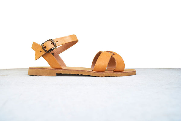 Side view erato leather sandals