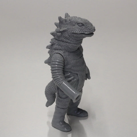 "Unpainted Grey Yamobazooka 9"" Vinyl Figure by Yamomark Large Monster Series Mono"