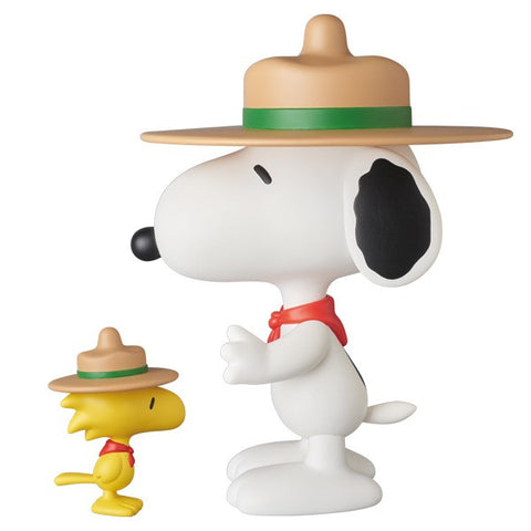 Peanuts: Beagle Scout Snoopy & Woodstock VCD Set