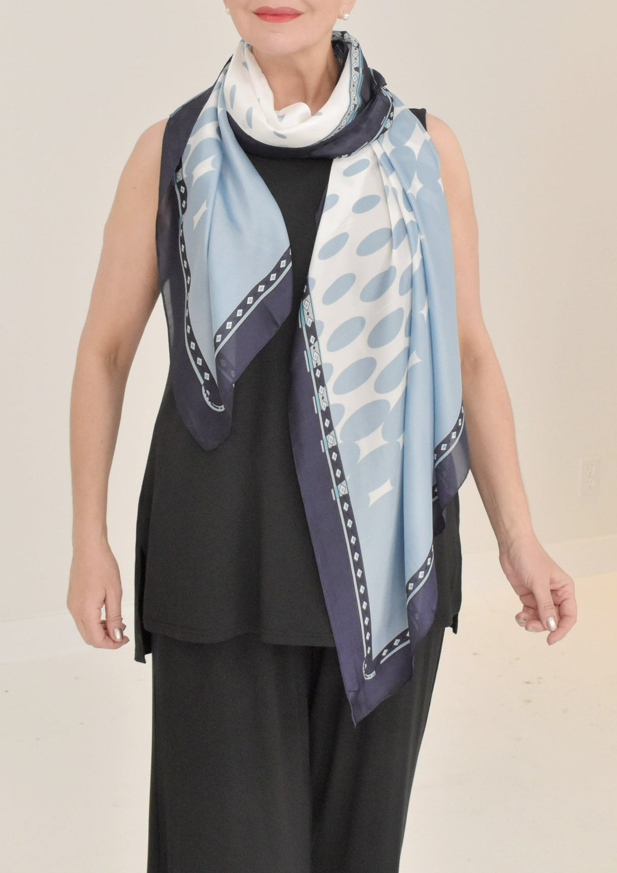 FLAT STONES SHORT NECKLACE - TWO A