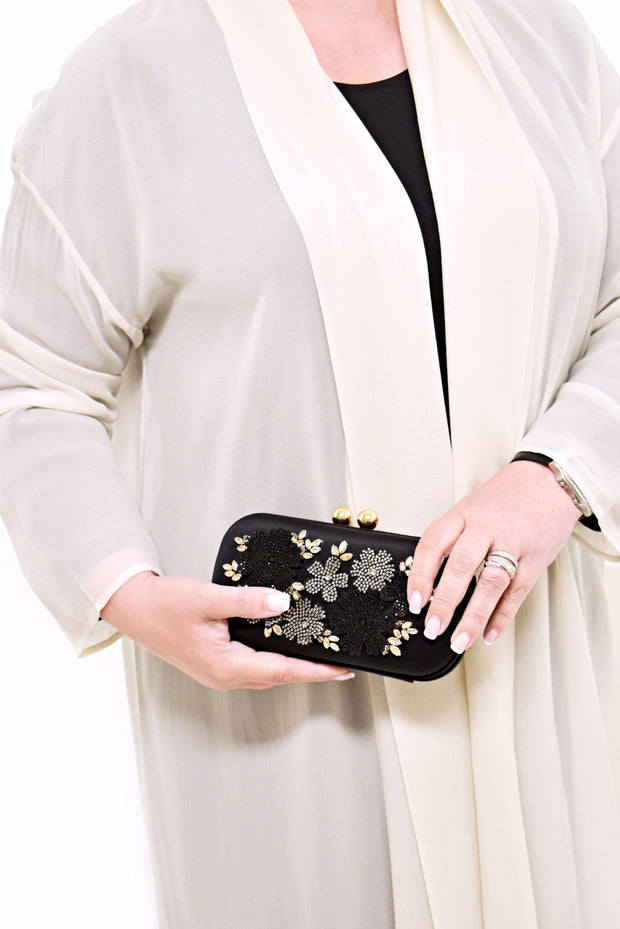 BEAD CLUTCH WITH FLOWER - SONDRA ROBERTS