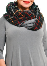 INFINITY COLOUR WINDOWPANE SCARF - BLACK