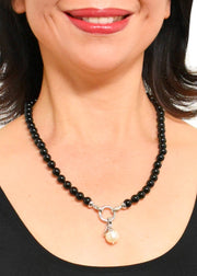 WANTED - AGATE BEADED COLLAR NECKLACE