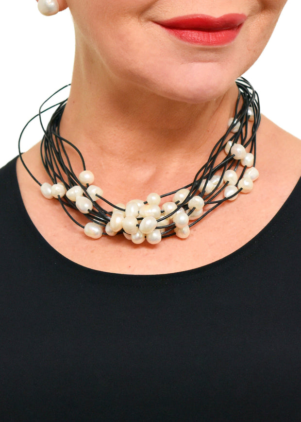 WANTED - 12 STRAND PEARL NECKLACE - BLACK/WHITE