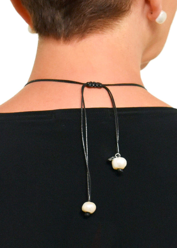 WANTED - DOUBLE STRAND SLIDING KNOT PEARL NECKLACE - BLACK/WHT