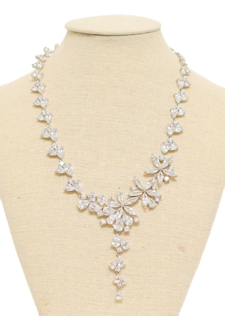 FLOWER WORK PENDANT NECKLACE- 1054261