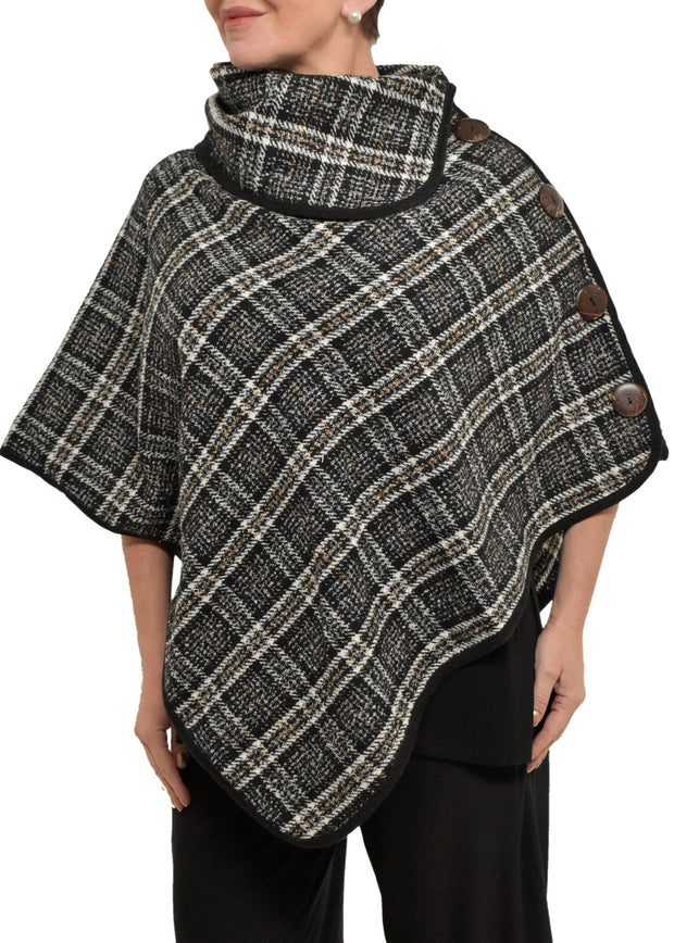 PLAID PONCHO W/DETAIL BUTTON - BLACK PLAID