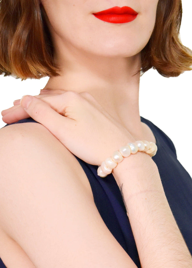 WANTED - STRETCH PEARL BRACELET