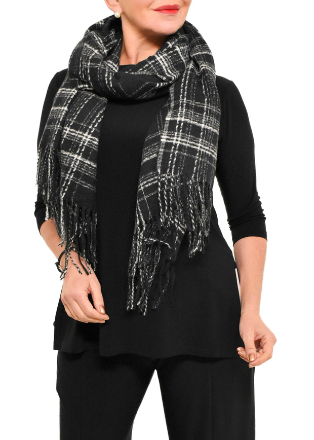 PLAID SCARF WITH FRINGE - BLACK