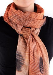 IN FOCUS - FLICKER SCARF