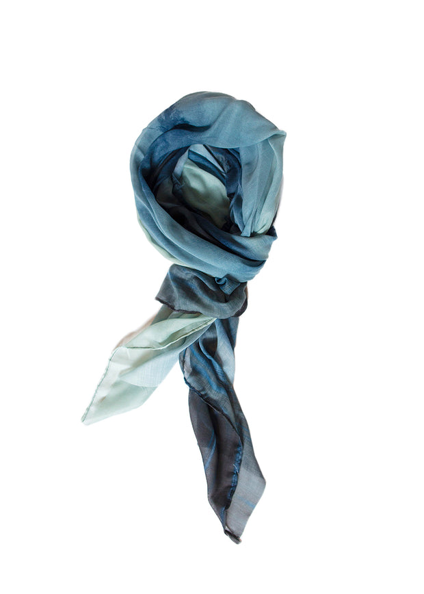 IN FOCUS - LOST LAKE SCARF