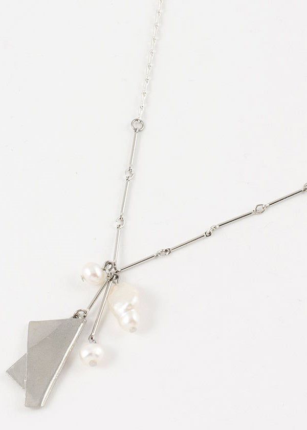 BERTHIE NECKLACE
