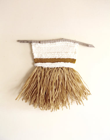 Weaving Wall Creme Raffia