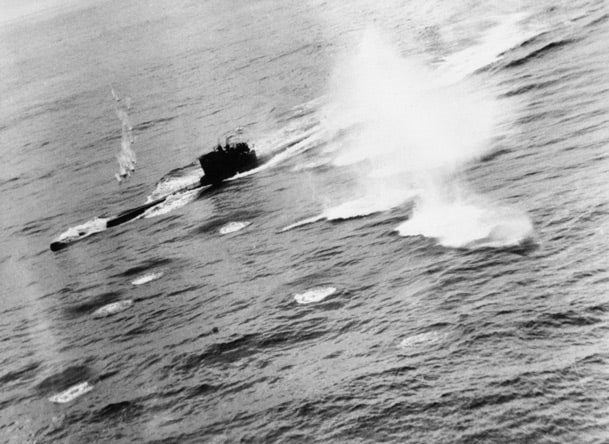 U-625 under attack from Sunderland