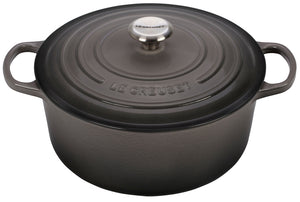 Le Creuset 7.25 qt. Signature Round French Oven