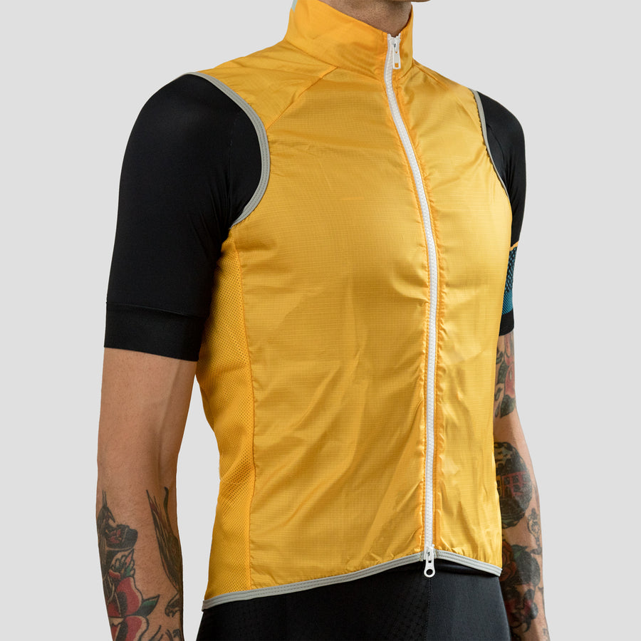 Golden Windvest - 2017