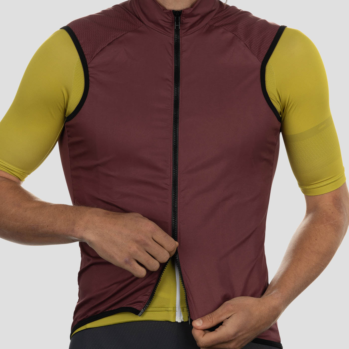 House Wind Vest - Burgundy