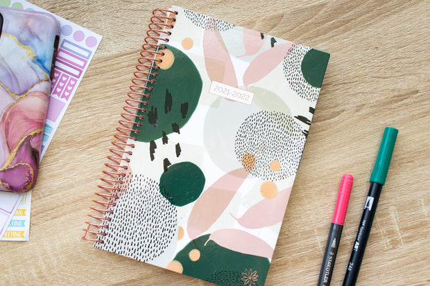 2021-22 Soft Cover Daily Planner & Calendar, Green Modern Abstract