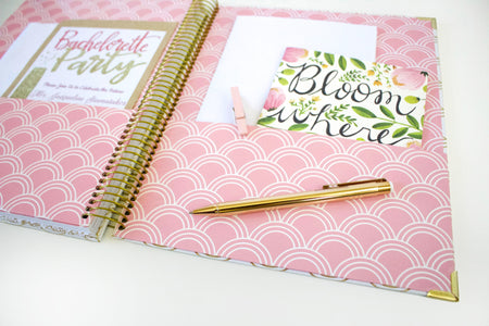 Wedding planner gold scallops bloom daily planners wedding planner gold scallops solutioingenieria Images