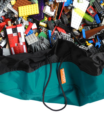 Totally Teal Super Swoop Bag with Lego pieces