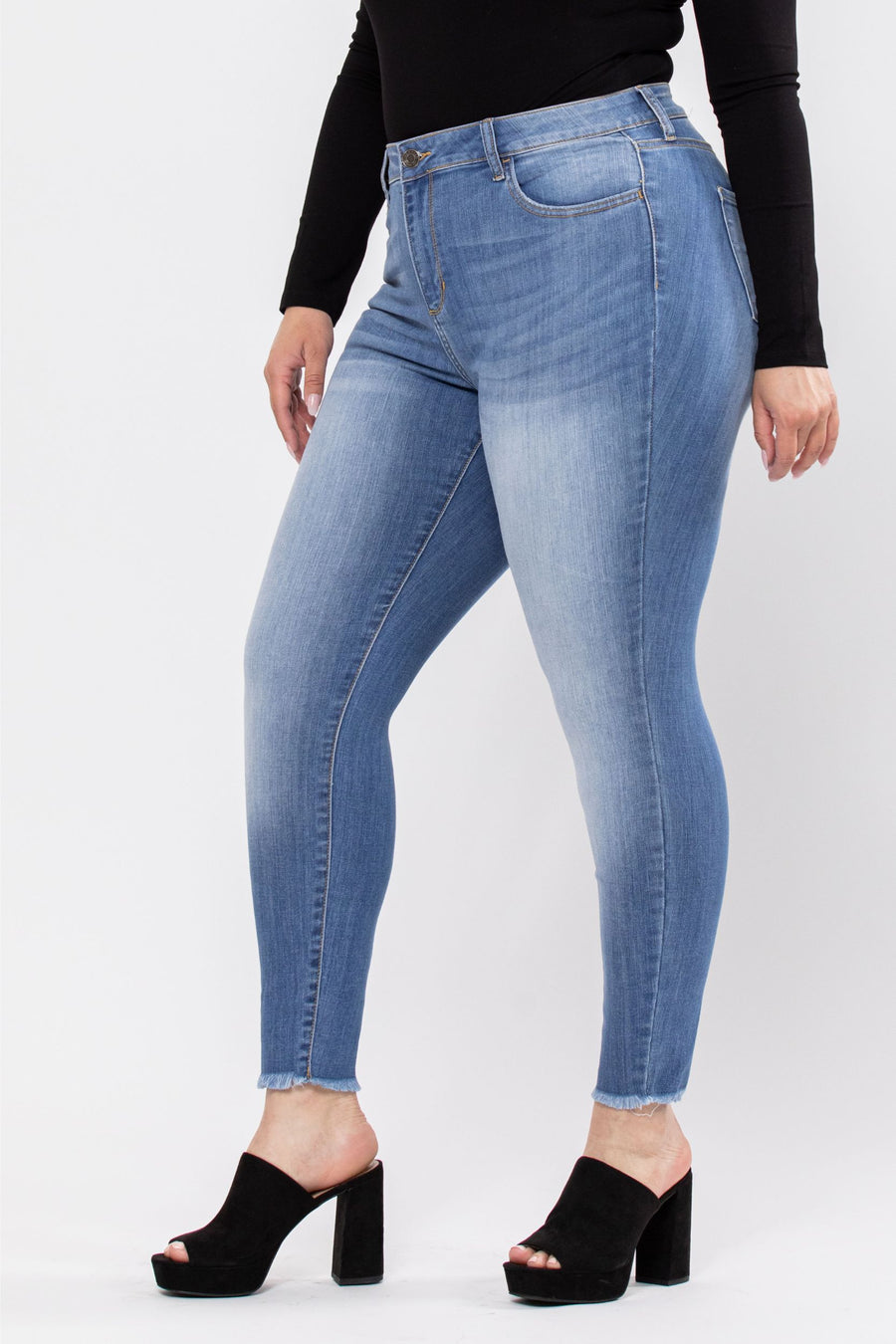 Mid Rise Medium Wash Crop Skinny