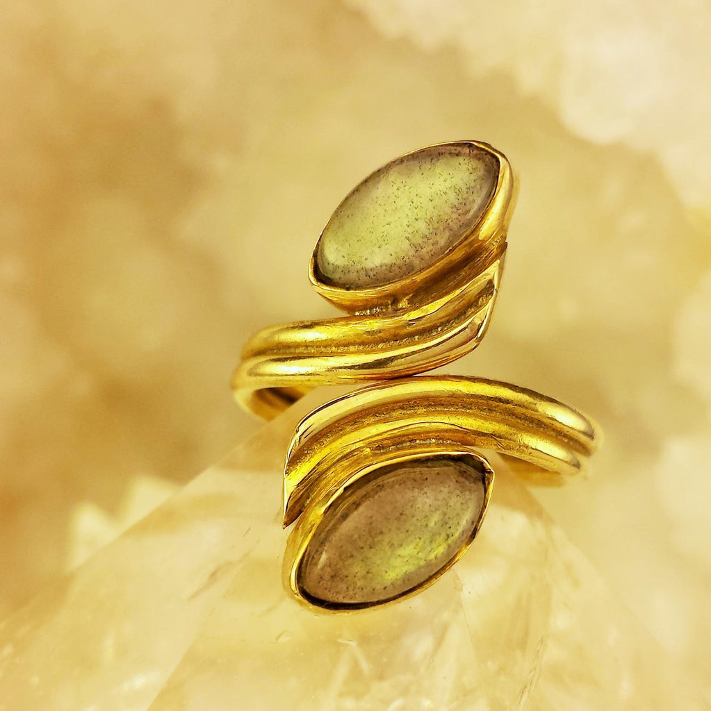 Adjustable Brass Ring With Labradorite BR-B41
