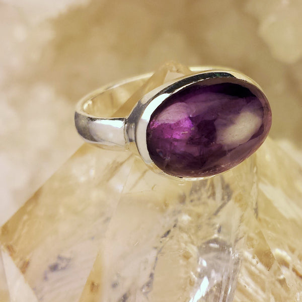 Stunning Design with Amethyst  GR-A6