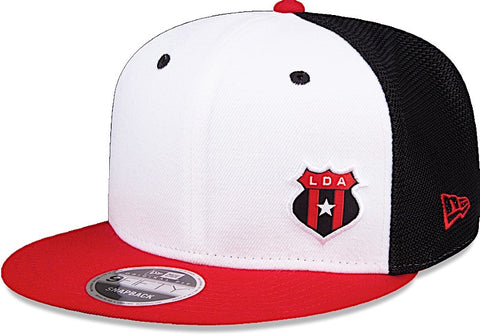 Liga Deportiva Alajuelense Gorra Tricolor 9Fifty Ajustable de New Era