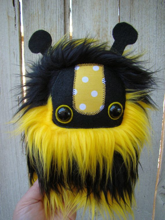 bumble bee, cute monster plush, Stuffed Bee