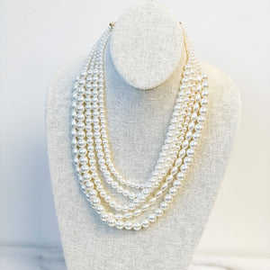 New! Layered Pearl Necklace