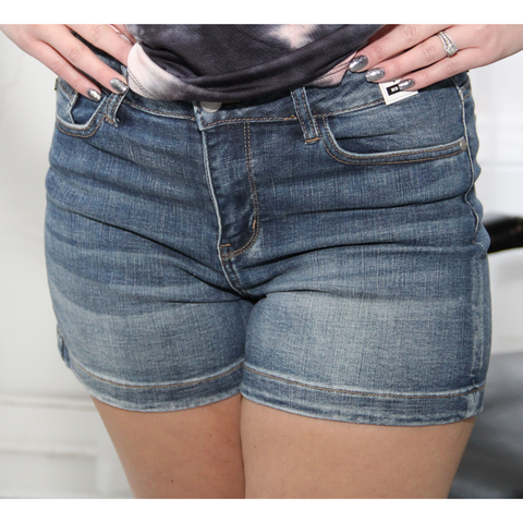New! Judy Blue Izzy Non Distressed Jean Shorts