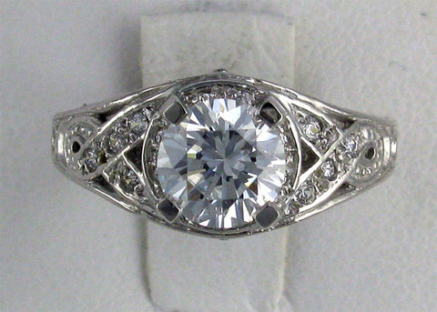 R0235 3.5CT TW  RD CZ CENTER PAVE SIDES