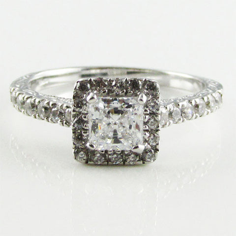 R0325 5mm PRINCESS CENTER HALO RING