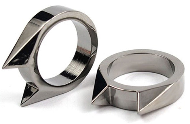 Self Defense Alloy ring - Conceal and Protect yourself