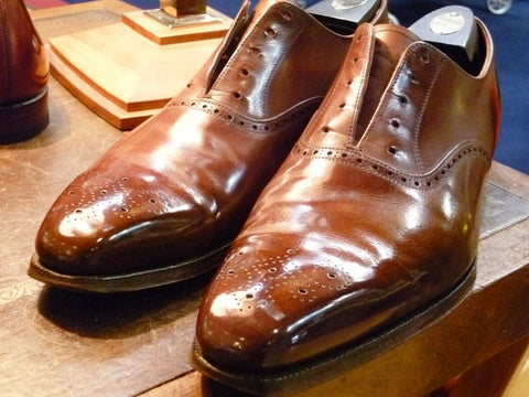 Shiny Brown Shoes for Black Pants