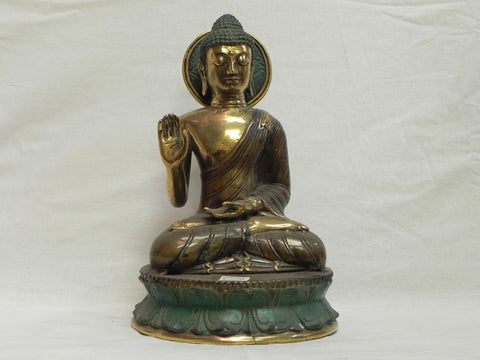 Sitting Buddha in Bronze