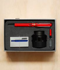 Lamy Gift Pack - Safari Fountain Pen Medium Red