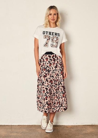The Leopard Knifepleat Skirt Peach Leopard