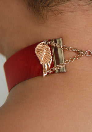 Luxe Angel Wings Silky Red Choker(Limited Edition)