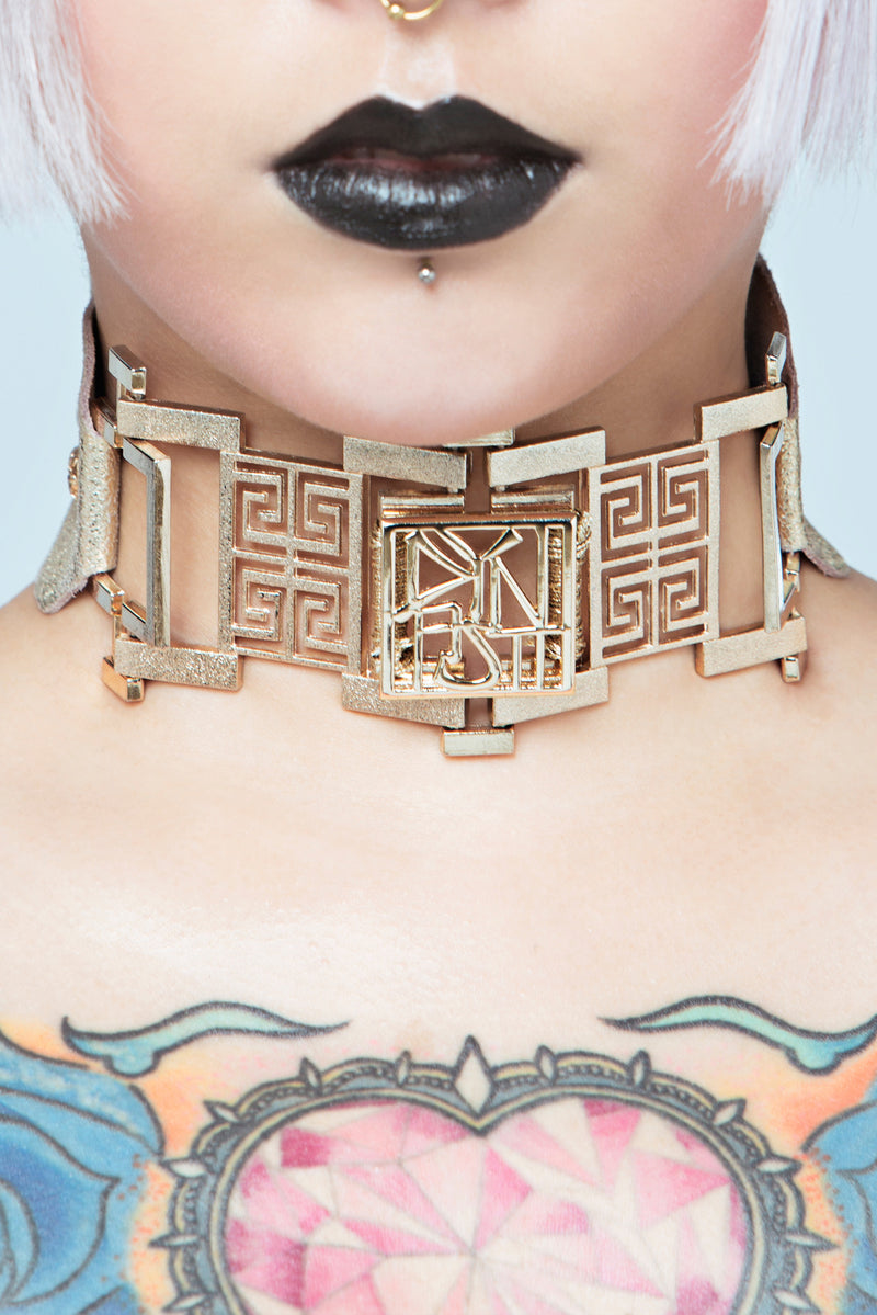 Imperial Champagne Deluxe Totem Collar