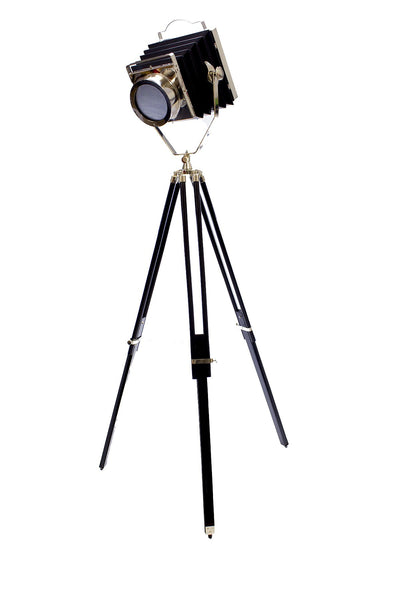 Layla Hollywood Cinema Tripod Floor Lamp