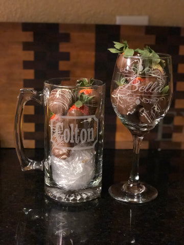 Personalized Glass with 6 Free Chocolate cover strawberries - EV Designs