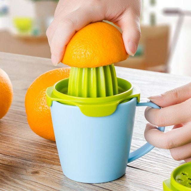 Manual Fruit Juicer Set with Cup