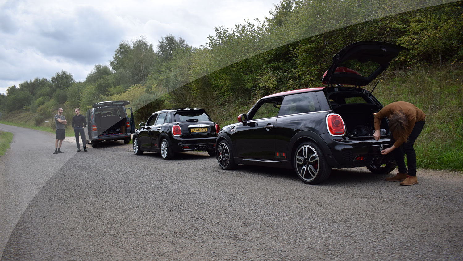 MINI Cooper S vs JCW Exhaust Shoot Out!