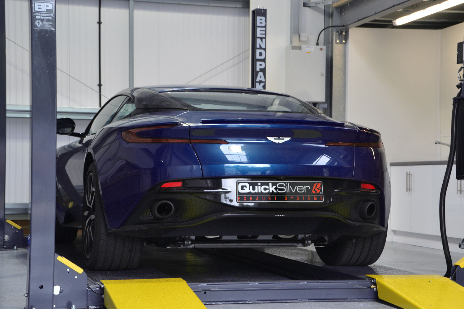 Aston Martin Db11 V8 Secondary Catalyst Delete Pipes 2018 On Quicksilver Exhausts