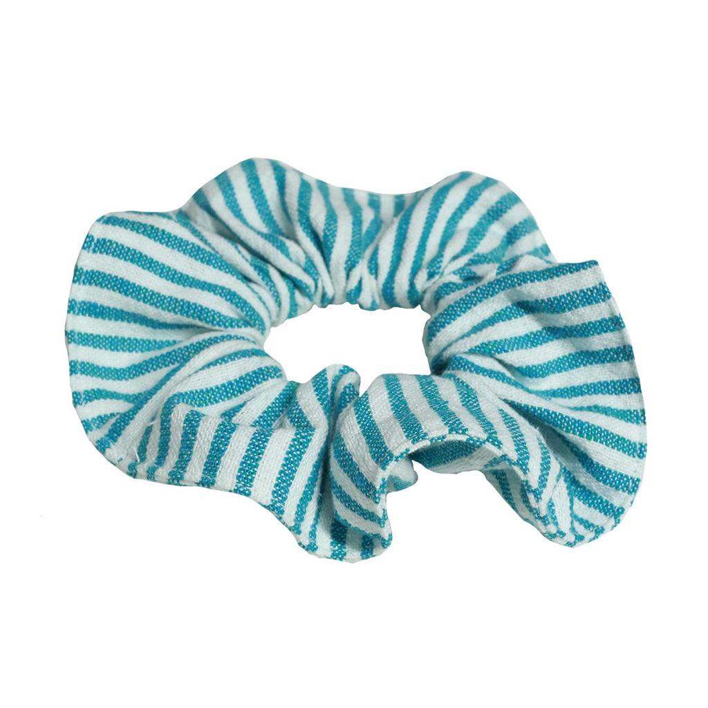 THE SUMMER SCRUNCHIE 1