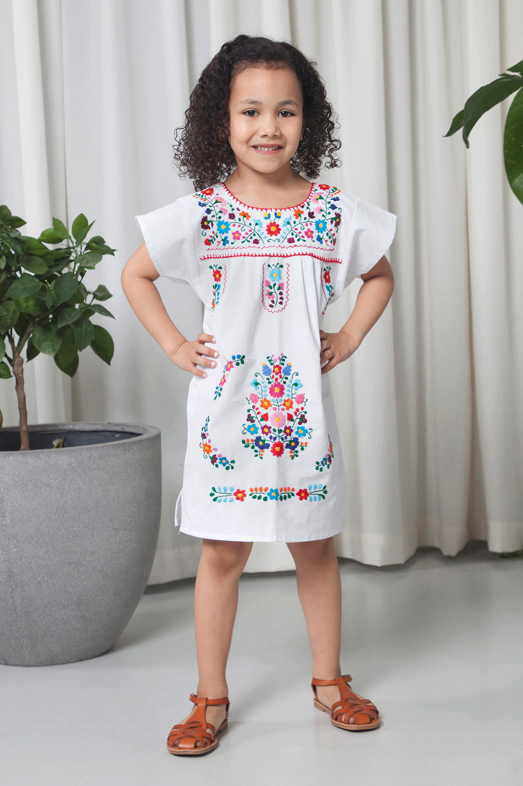 THE GIRL MEXICAN DRESS