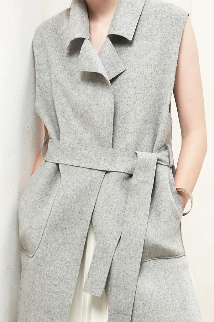 Althea - Collared and Belted Wool Gilet - Grey - Detail