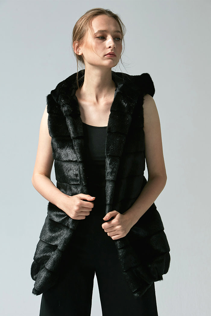 Lila - Hooded Faux Fur Gilet - Zelle Studio